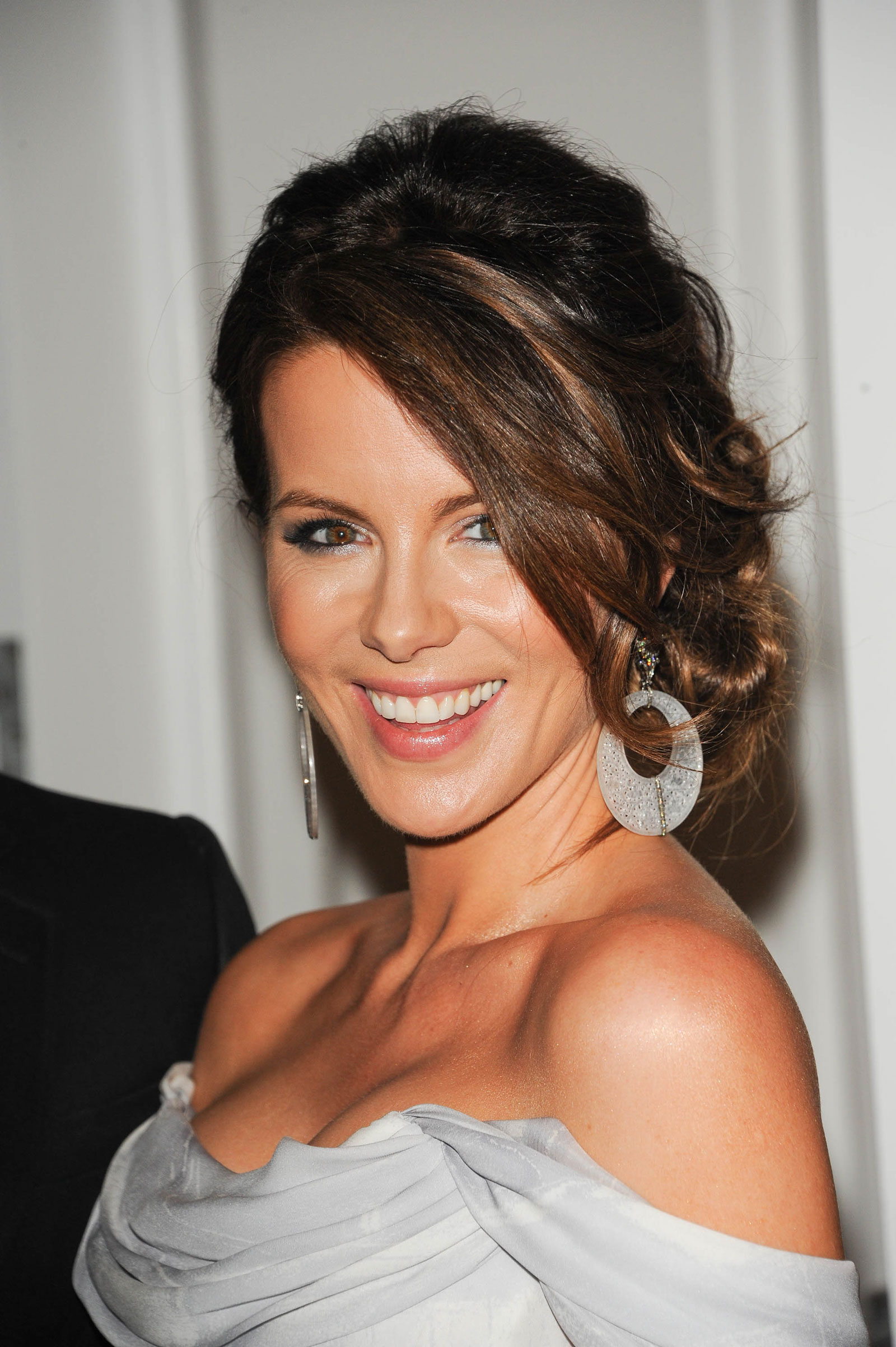 KATE BECKINSALE at Total Recall Photocall in Cancun