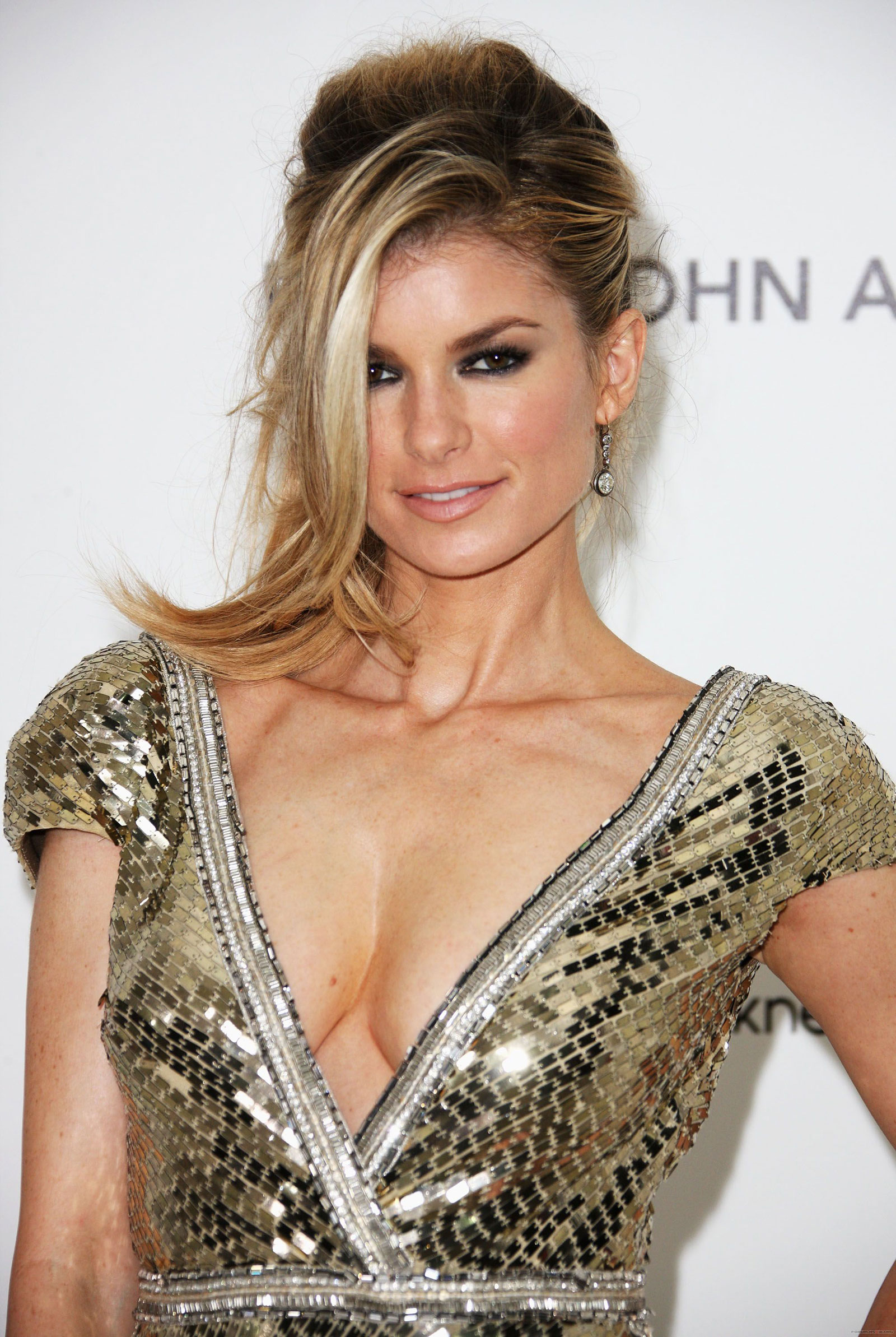 tight #dress #satin | Sexy Satin! | Pinterest | Satin, Marisa ...