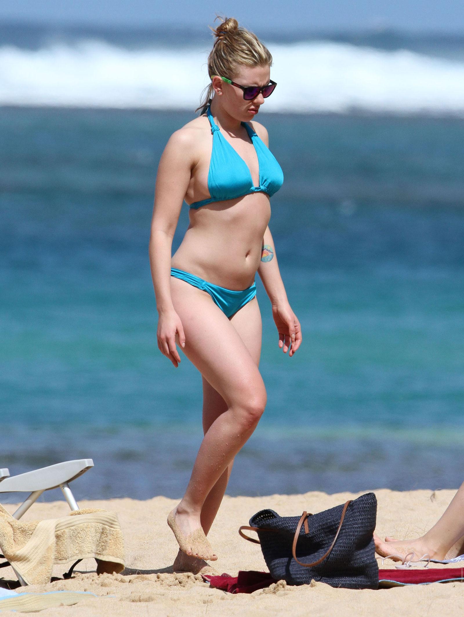 to wear - Johansson scarlett beach video