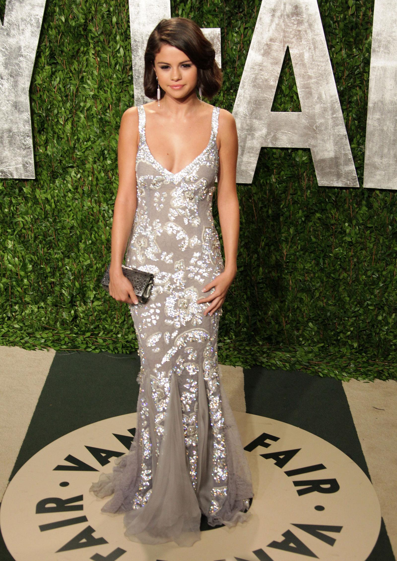 Selena Gomez At 2012 Vanity Fair Oscar Party Hawtcelebs