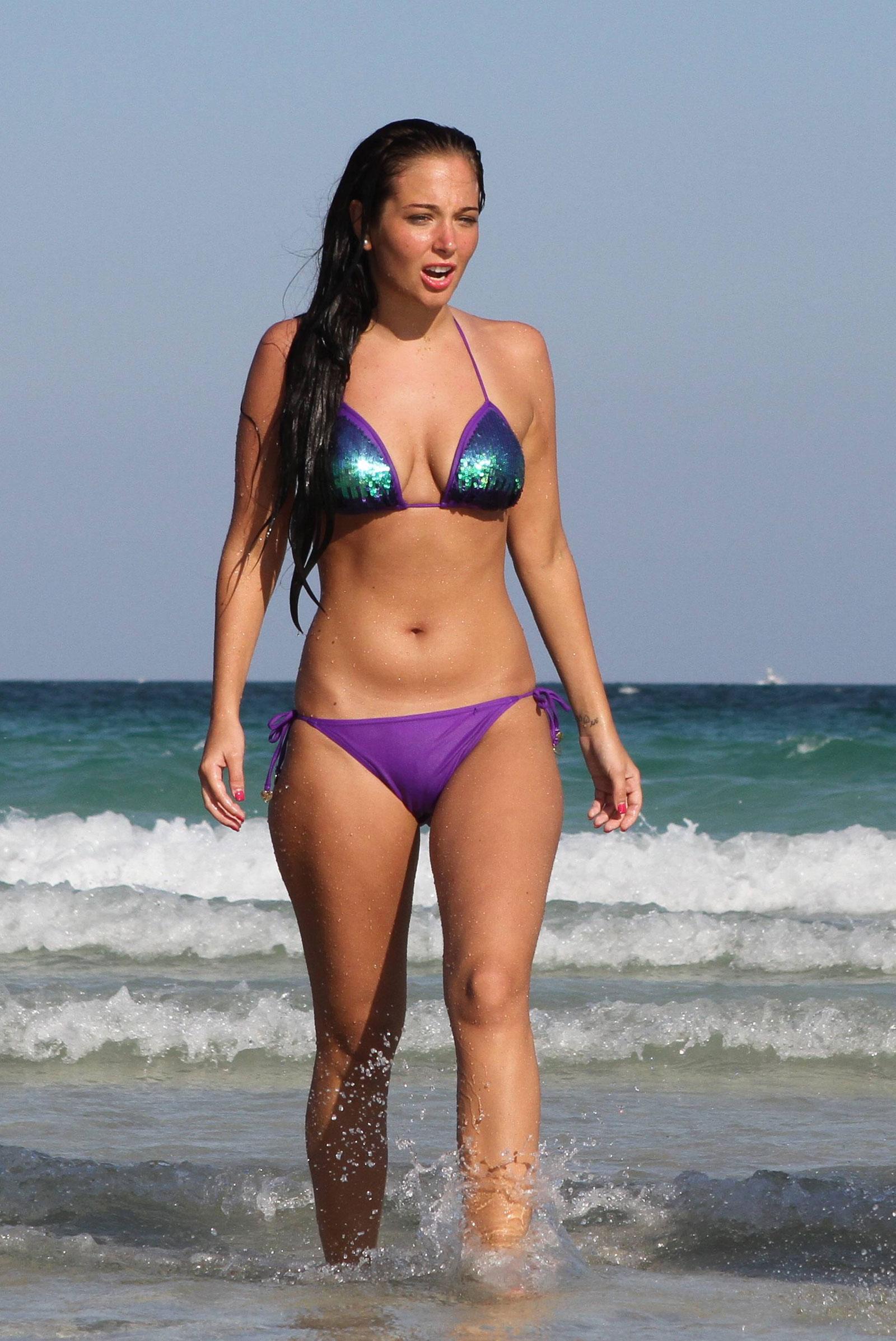 bikini Tulisa contostavlos