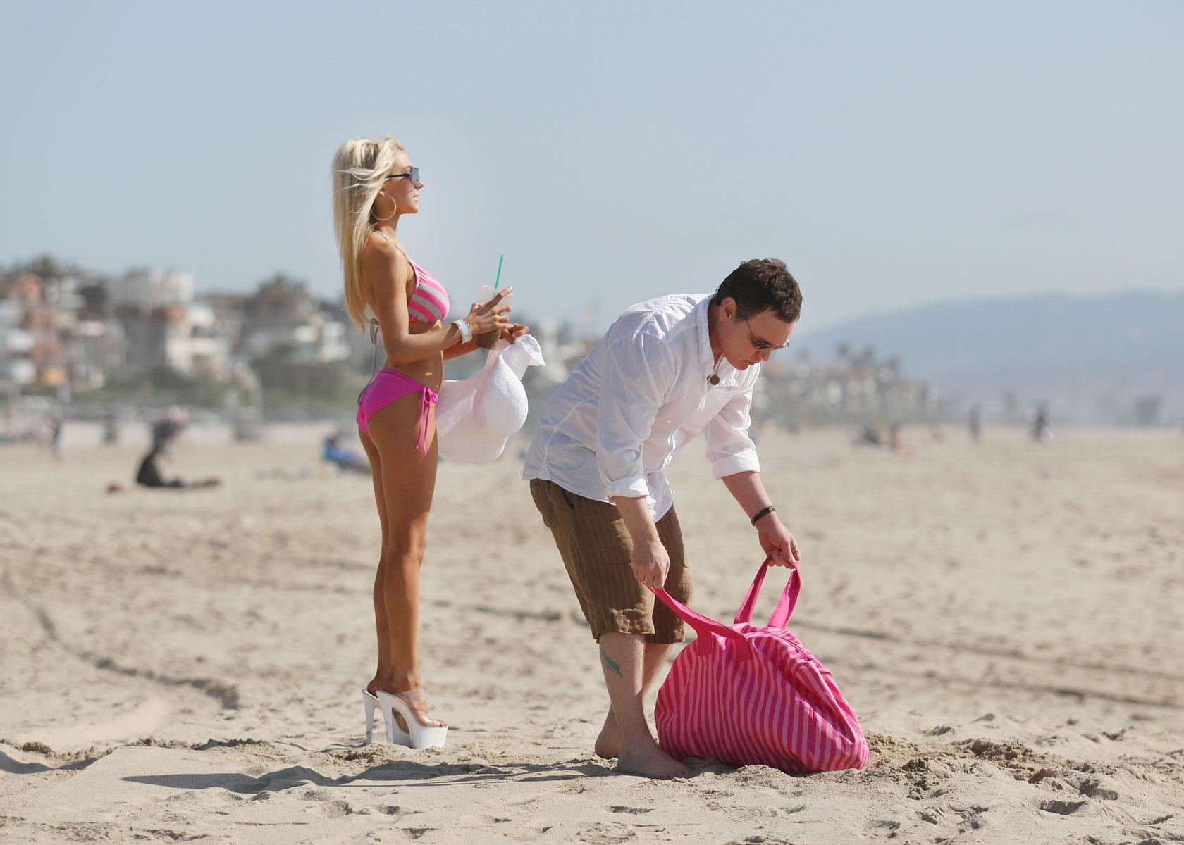 Courtney Stodden in Bikini on the beach in Malibu Pic 30 of 35