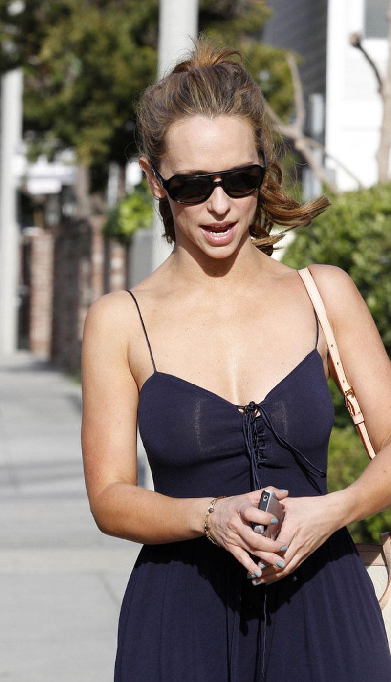 Jennifer Love Hewitt Out And About In Malibu Hawtcelebs