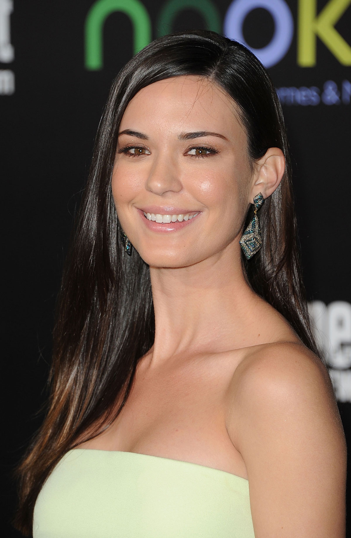 Odette Annable At The Hunger Games Premiere In Los Angeles