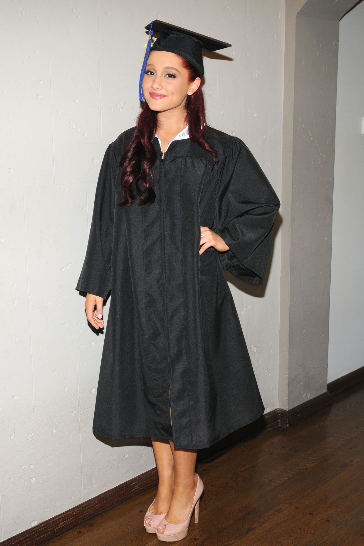 ARIANA GRANDE in Cap and Gown Graduates from High School - HawtCelebs