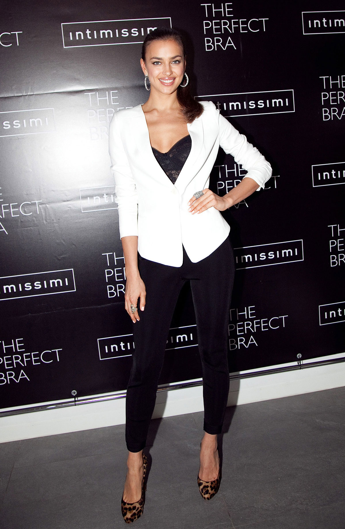 IRINA SHAYK at The Per... Claire Danes