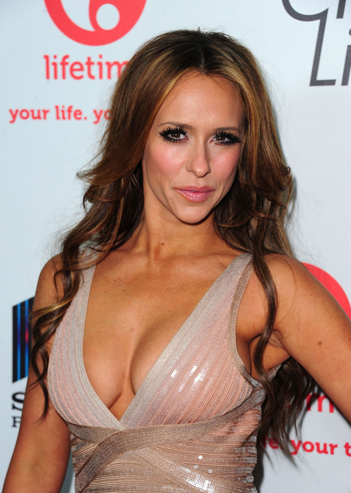 Jennifer Lowve Hewitt At Launch Party For The Client List Sunset