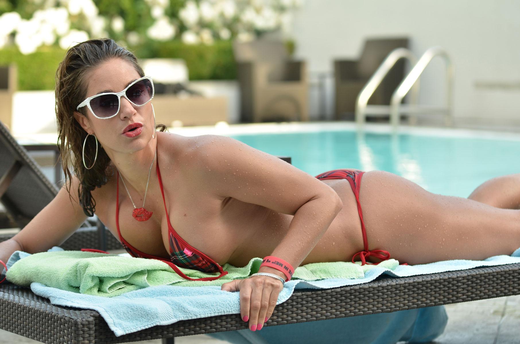 Bikini pics egotastic — 1