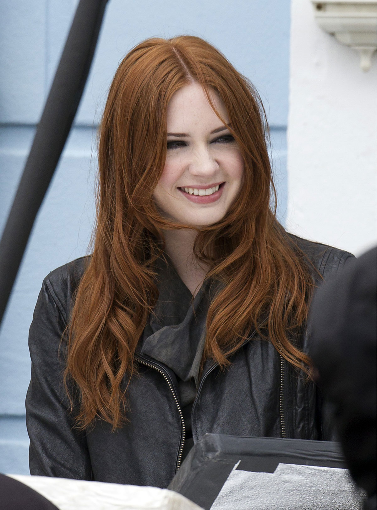karen gillan at the set of doctor who in cardiff hawtcelebs