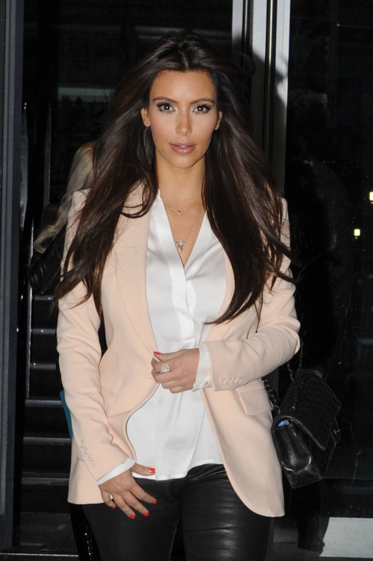 KIM KARDASHIAN Out and About in New York - HawtCelebs