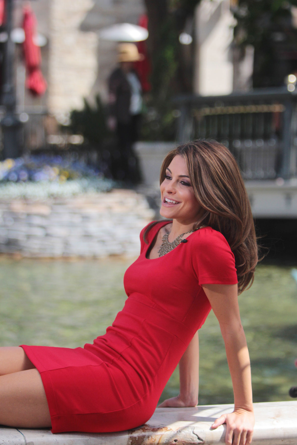 Haruno Sexy Model Maria Menounos Photo Shoot In Red Dress