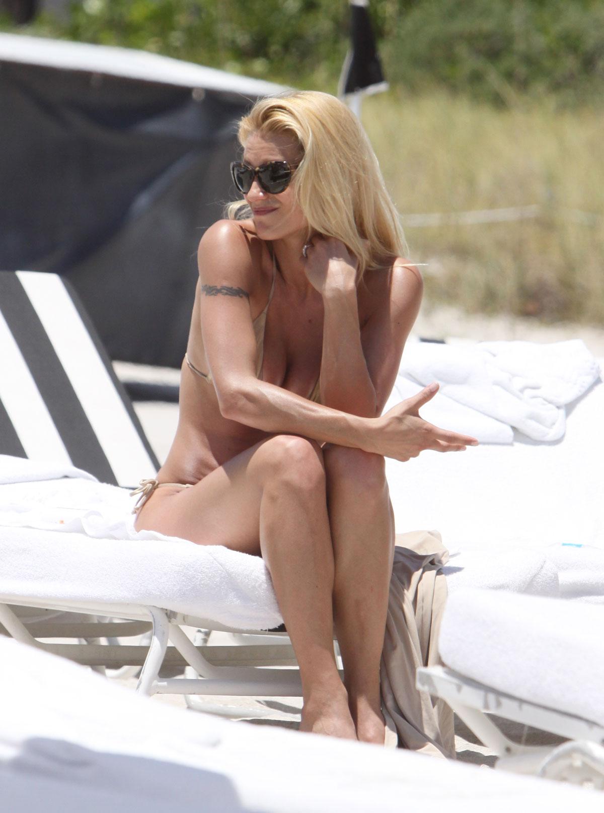 Michelle hunziker in gold bikini on the beach in miami hawtcelebs