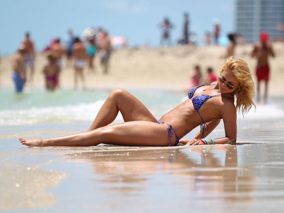 Девушки с пляжей майами бич фото