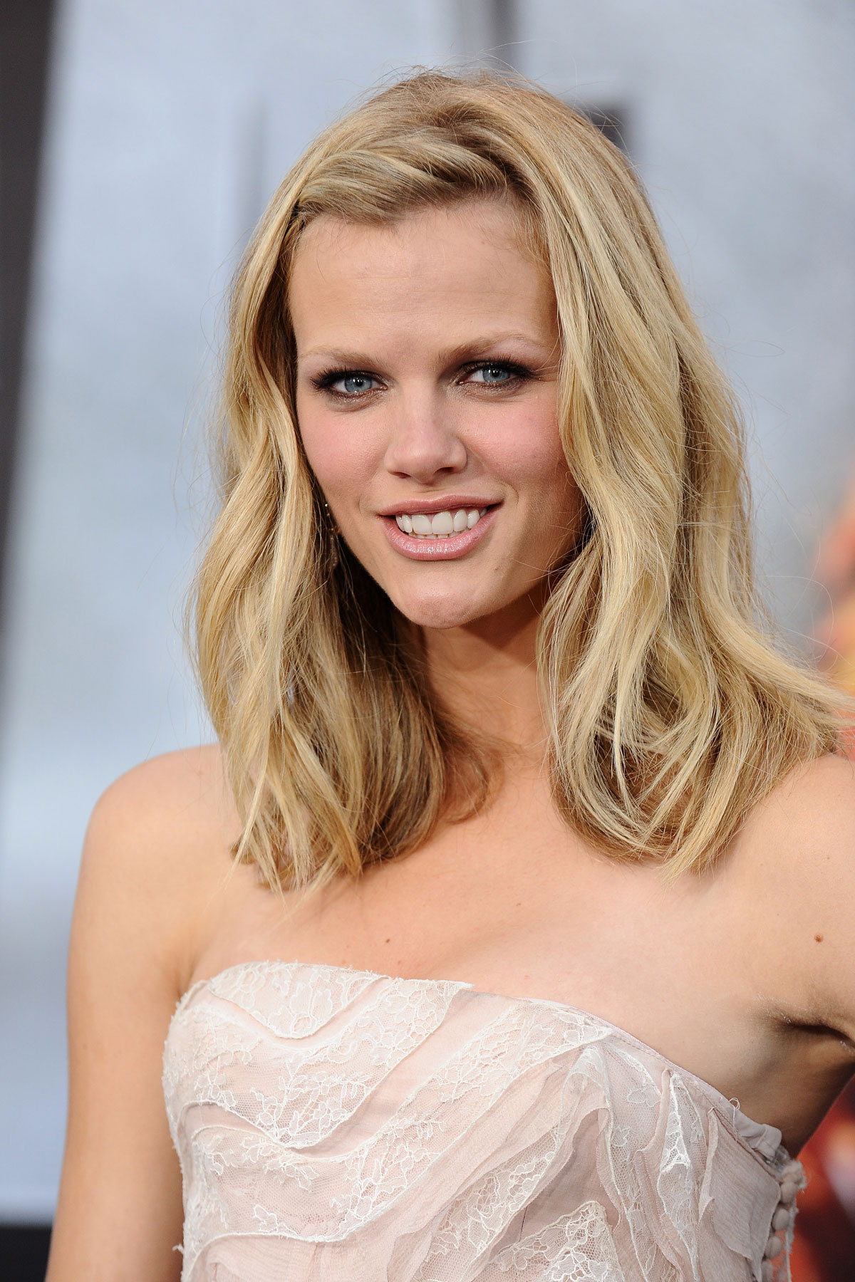 Brooklyn decker archives page 4 of 6 hawtcelebs for Models brooklyn