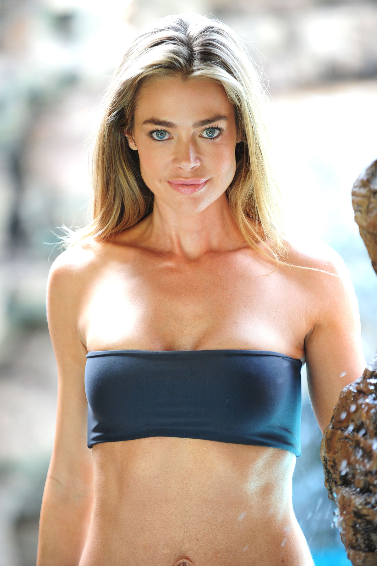 Denise Richards In Bikini For Photoshoot At A Poolside In