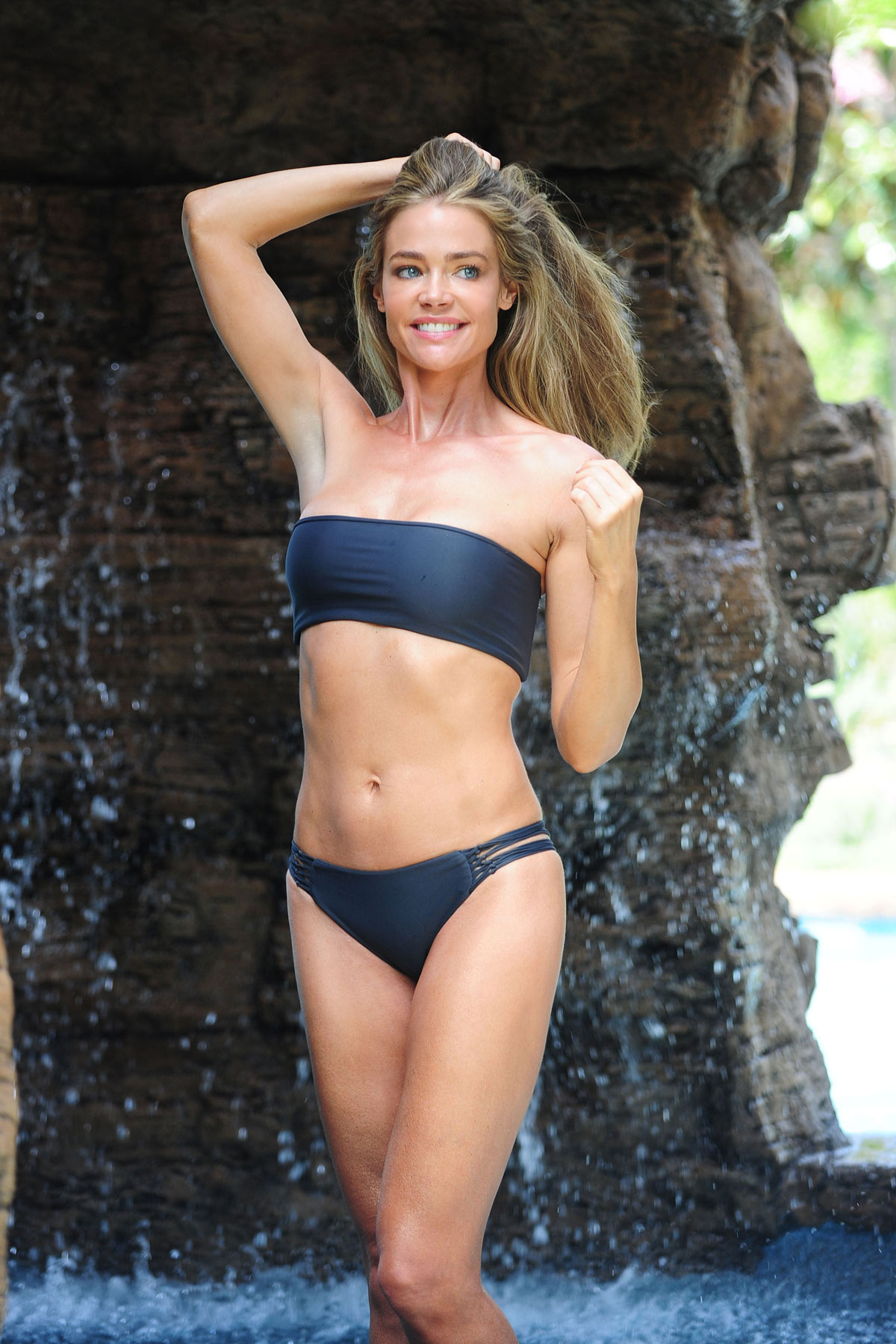 Bikini Denise Capezza naked (59 photo), Sexy, Hot, Selfie, butt 2006