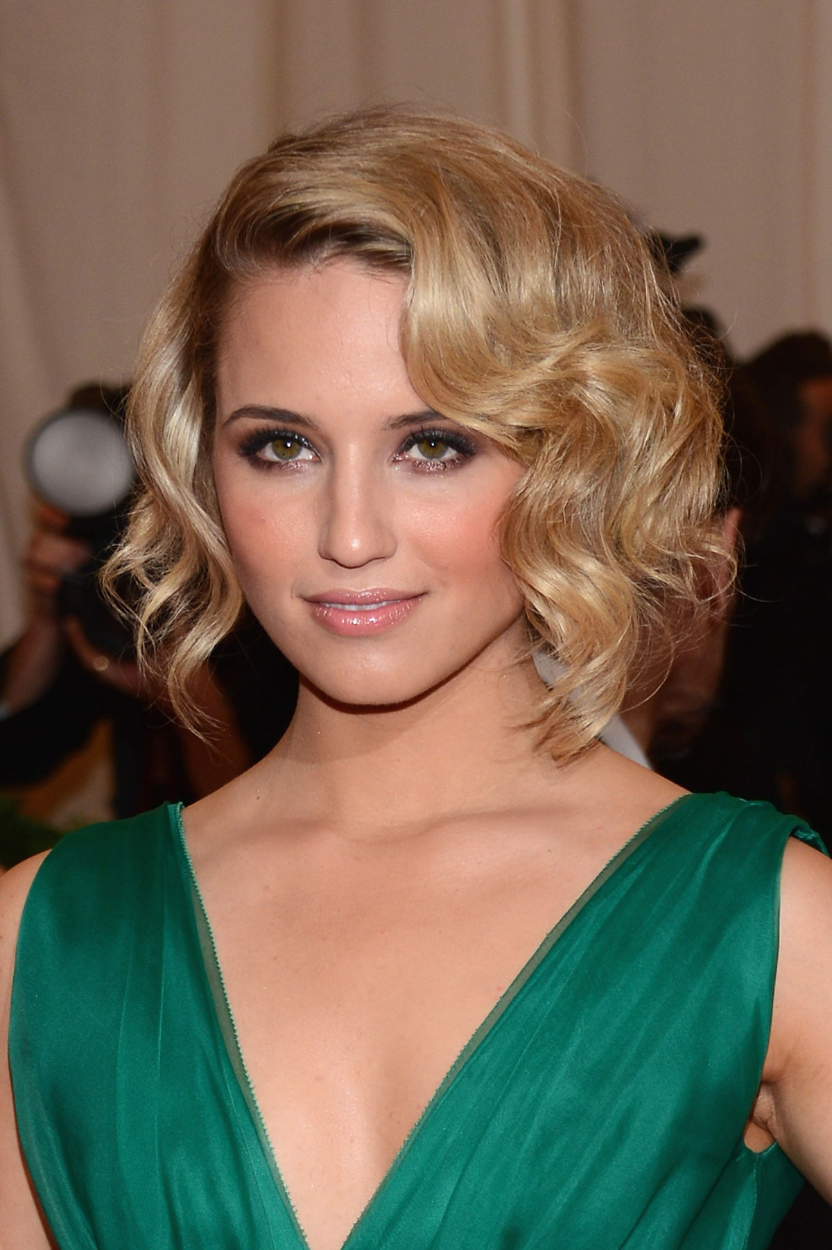 Download this Dianna Agron Metropolitan Museum Art Costume Gala picture
