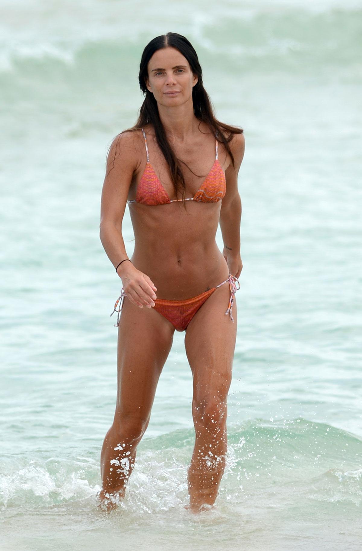 Gabrielle Anwar Bikini Pics 88