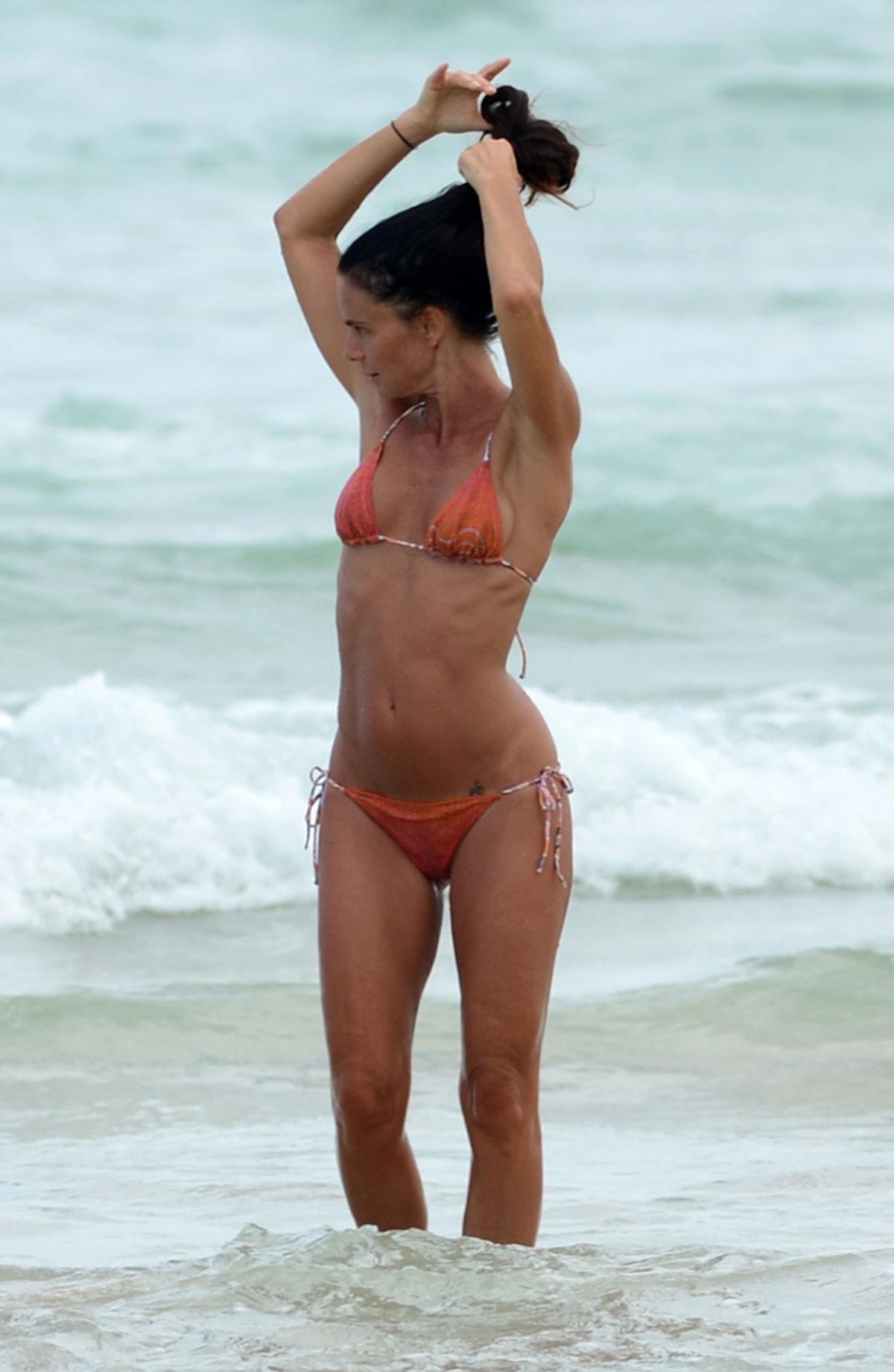 Gabrielle Anwar Bikini Pics 95