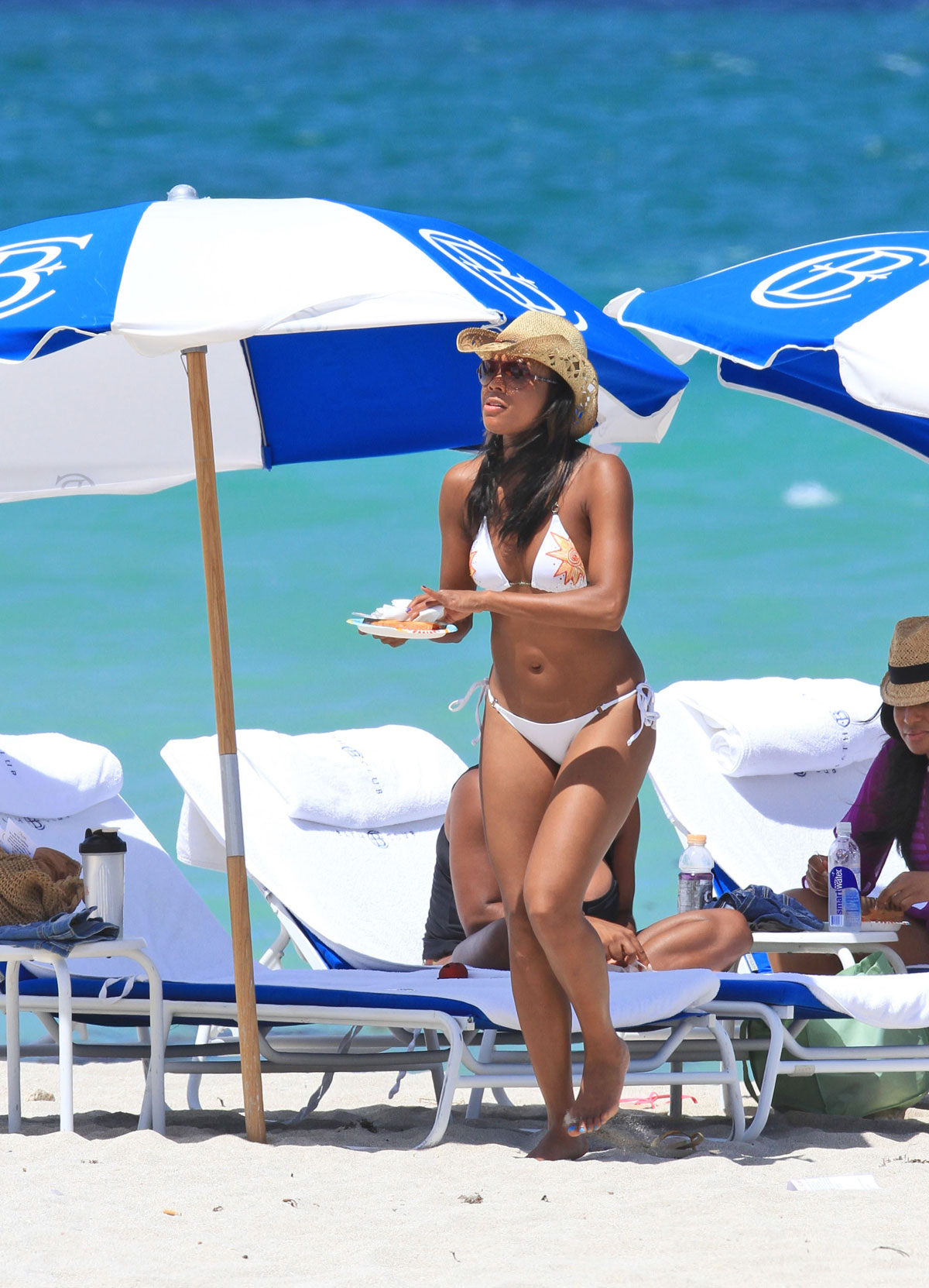 Gabrielle Union In Bikini At The Beach In Miami Hawtcelebs