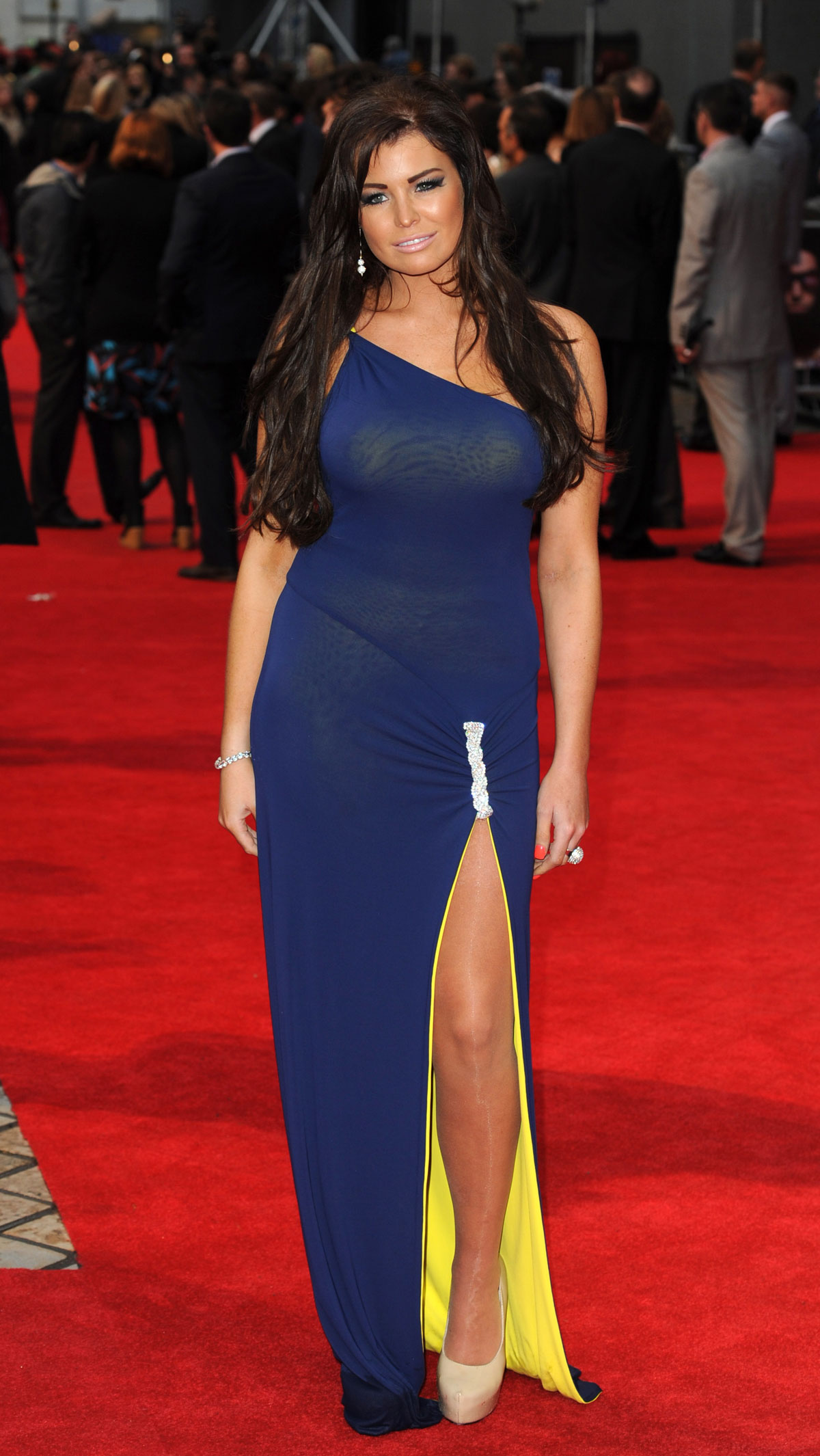 JESSICA WRIGHT at World Premiere of The Dictator in London ...