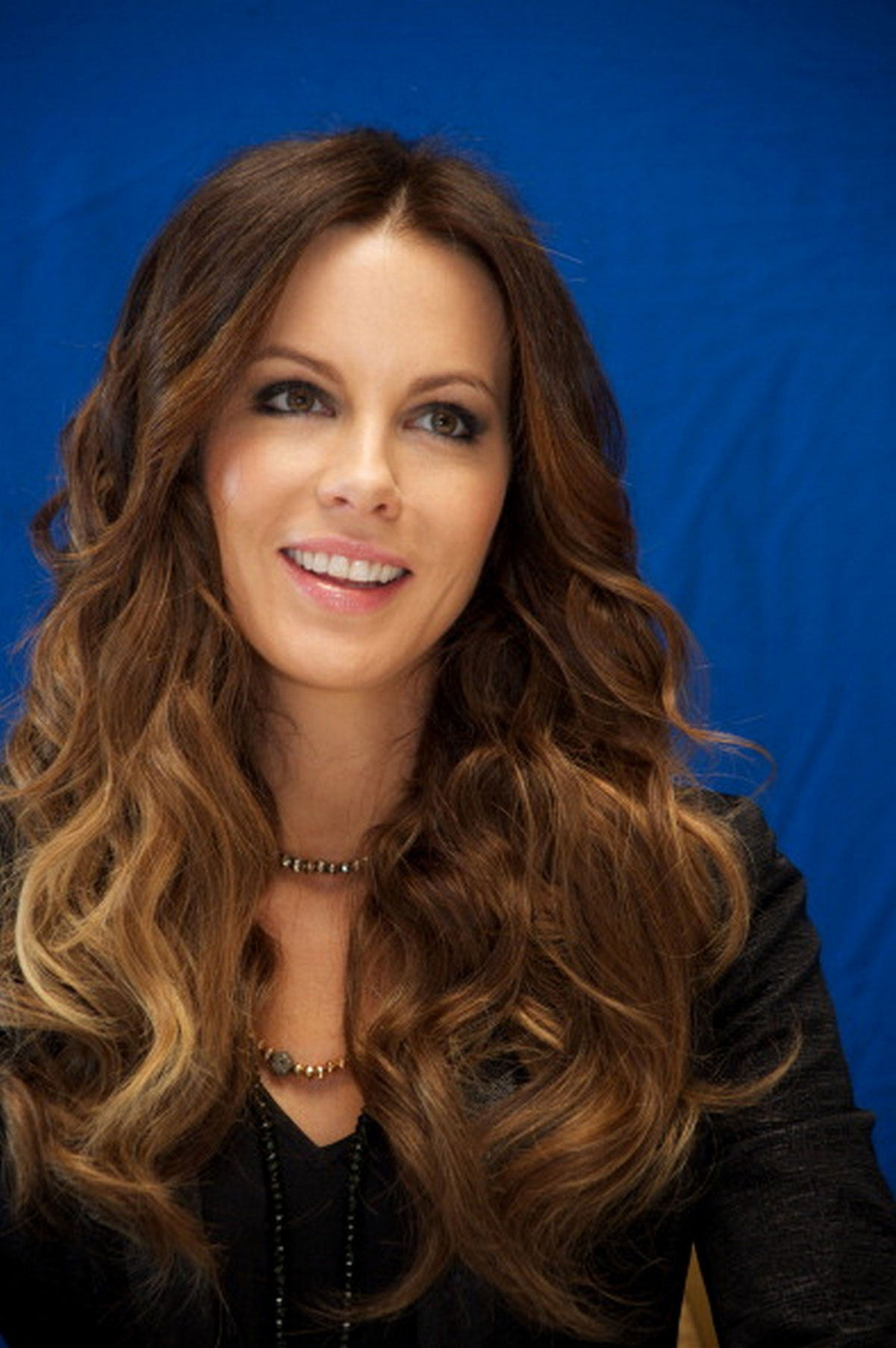 Kate Beckinsale At Total Recall Photocall Hawtcelebs