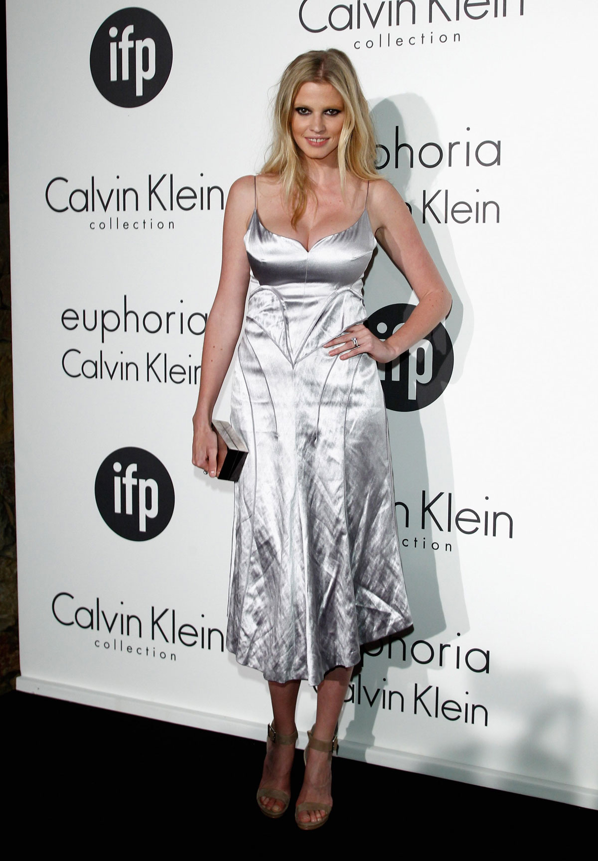 lara stone calvin klein dress - photo #1