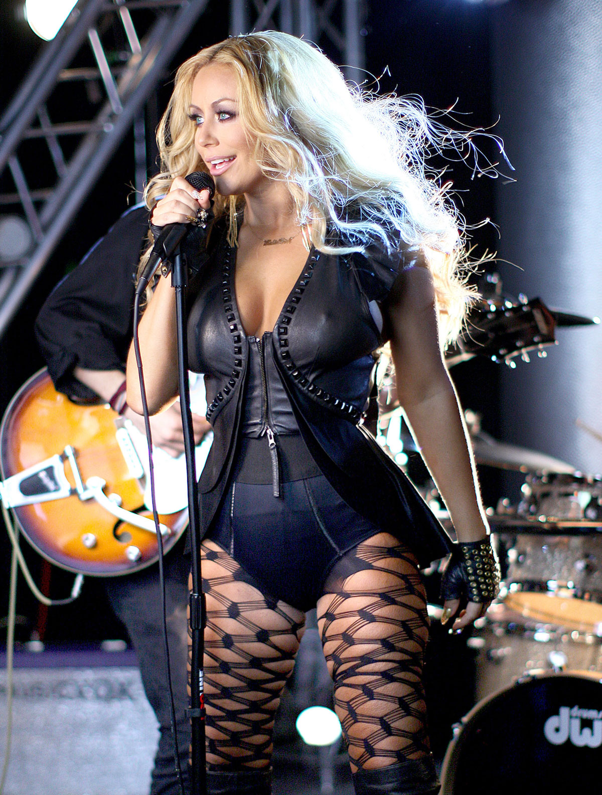 Aubrey o day archives page 3 of 4 hawtcelebs hawtcelebs - Aubrey O Day In Wrecking Ball