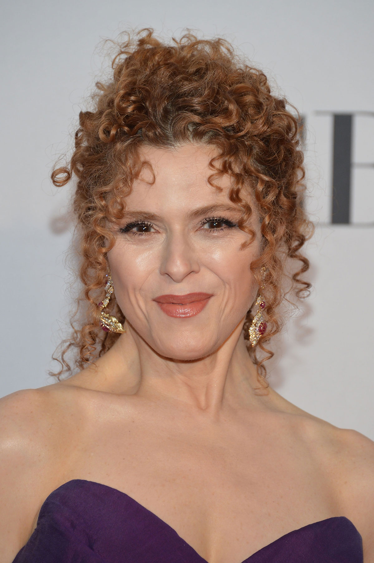 bernadette peters curly hair