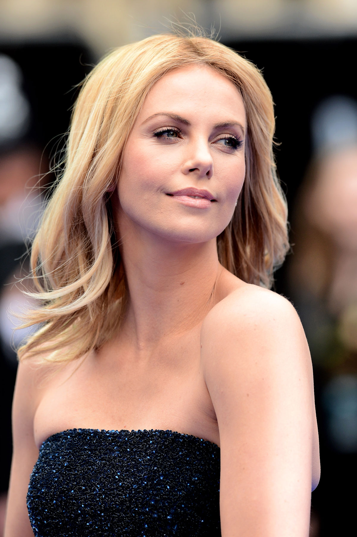 CHARLIZE THERON at Prometheus Premiere in London - HawtCelebs ... Charlize Theron