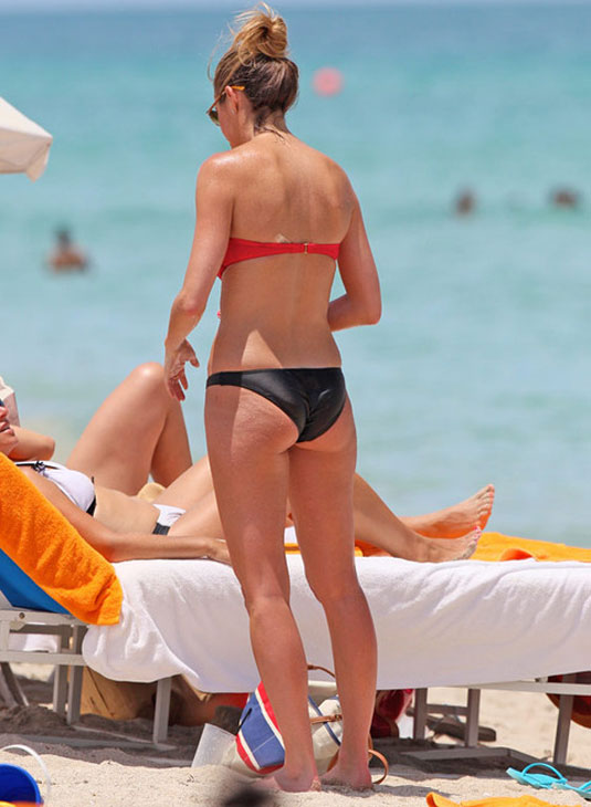 Nicole erin andrews swimsuits images moore hot