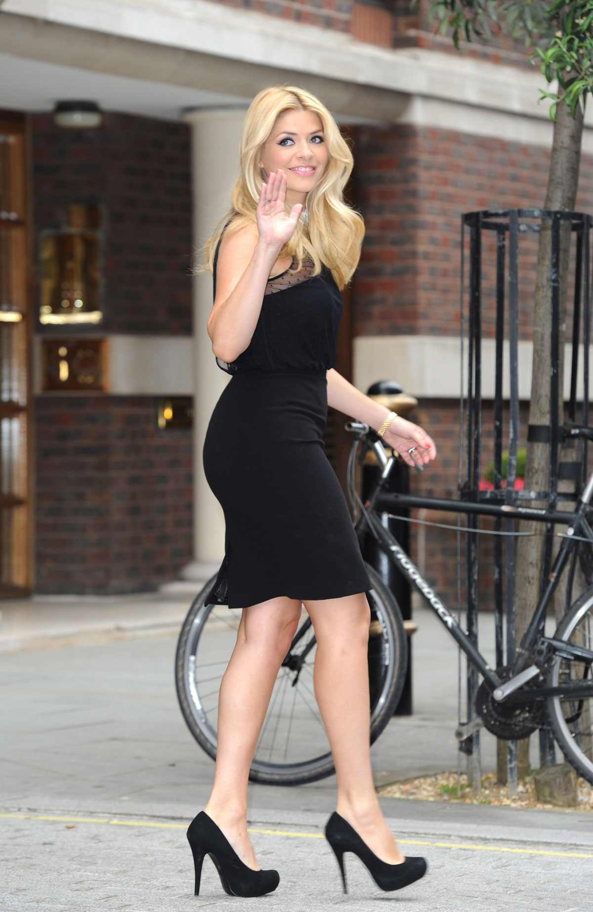 e4543ae47c2 HOLLY WILLOUGHBY at Photoshoot for Very.co.uk - HawtCelebs
