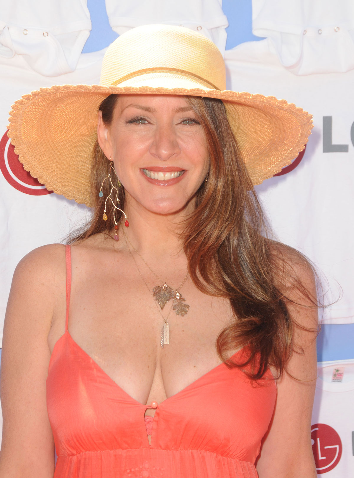 joely fisher twitter