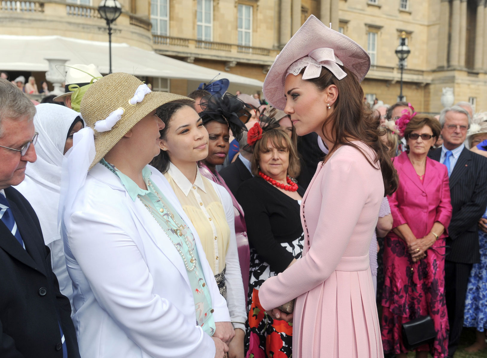 32da5c22b1ed5 KATE MIDDLETON Attends at Buckingham Palace Garden Party - HawtCelebs