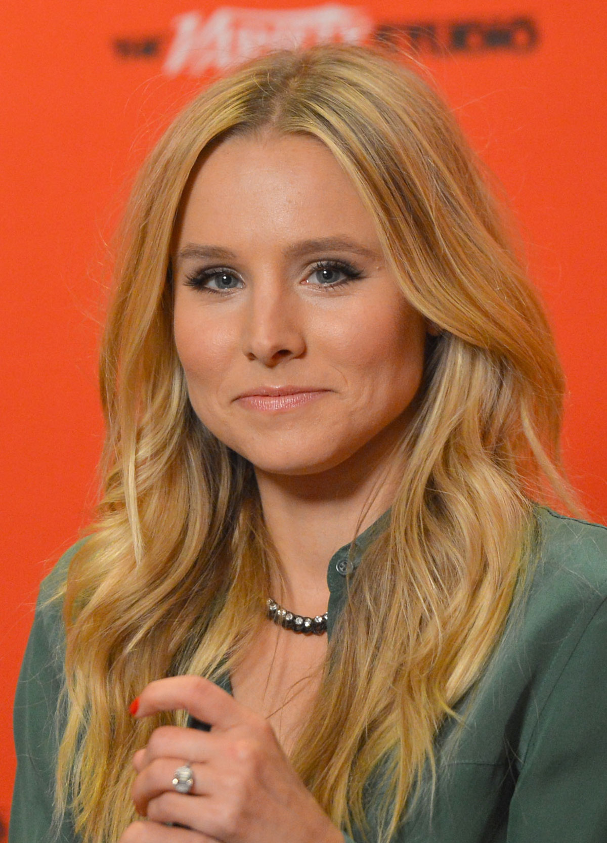 Kristen Bell - 68th Annual Emmy Awards in Los Angeles 09
