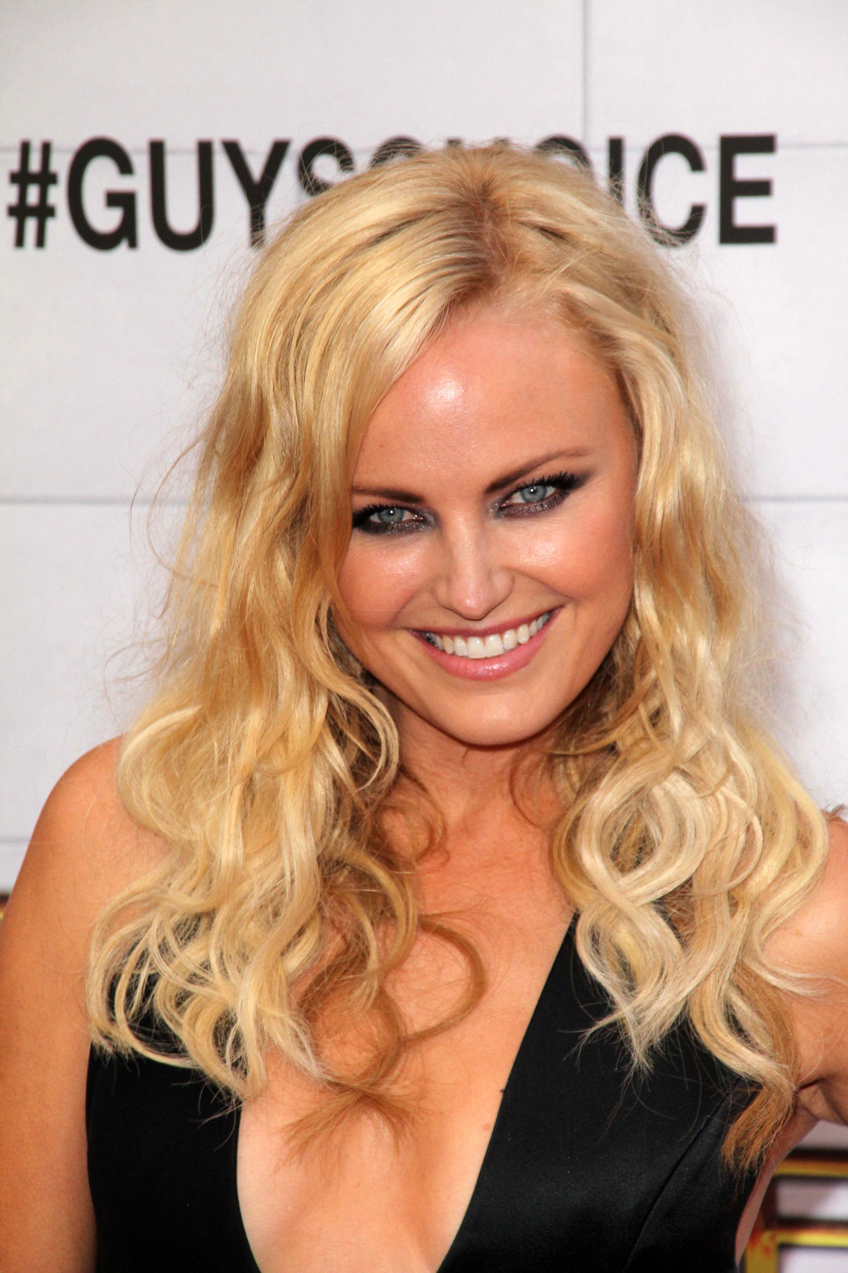 malin guys Photos of malin akerman, one of the hottest girls in movies and tv there are few girls out there as sexy and fun as malin akerman these malin akerman pics were ta.