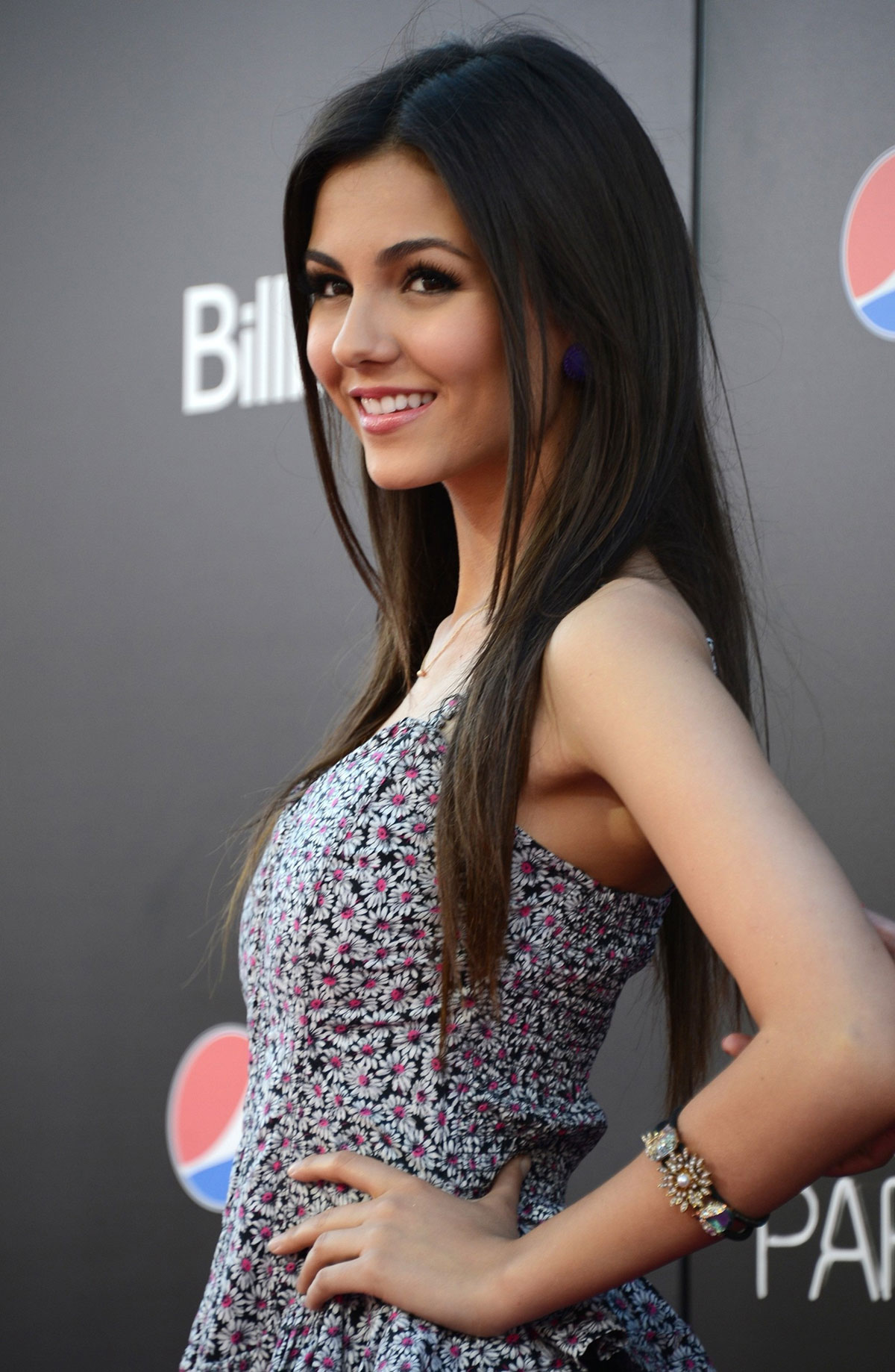 Victoria Justice at Katy Perry: Part of Me PREMIERE Pink Carpet Arrivals