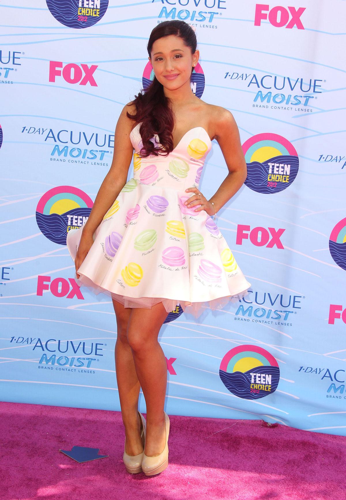 ARIANA GRANDE At 2012 Teen Choice Awards In Universal City