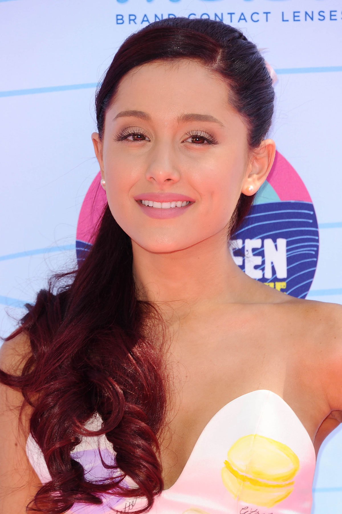 ARIANA GRANDE at 2012 Teen Choice Awards in Universal CityAriana Grande