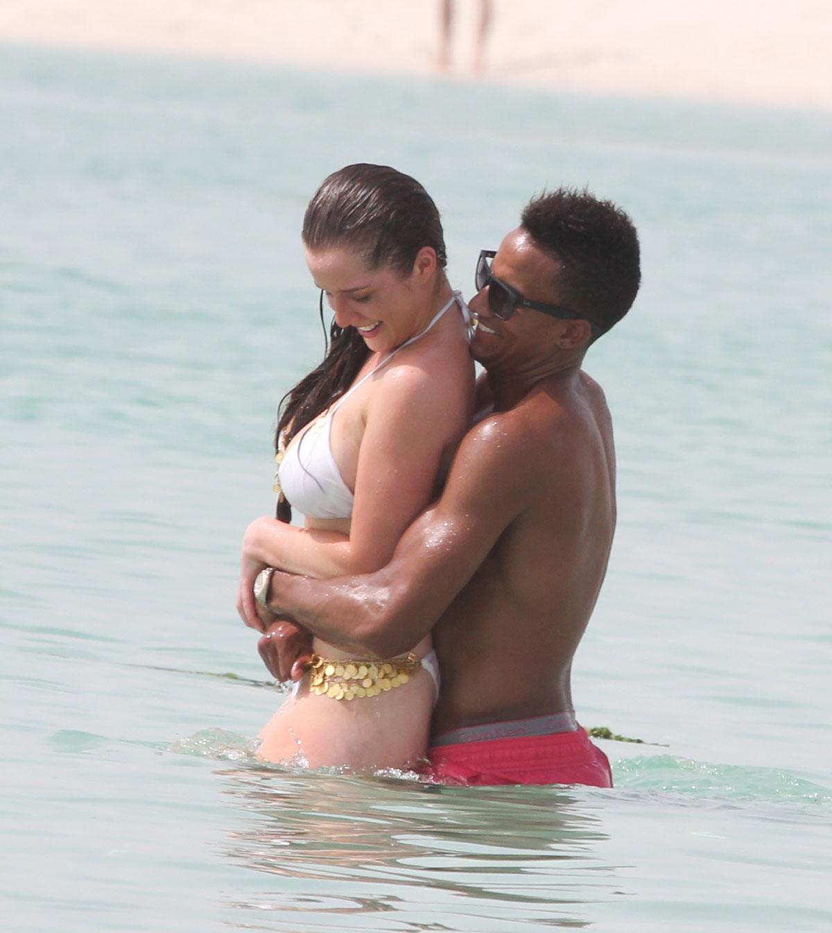 Helen Flanagan In Bikini On The Beach In Dubai Hawtcelebs Hawtcelebs