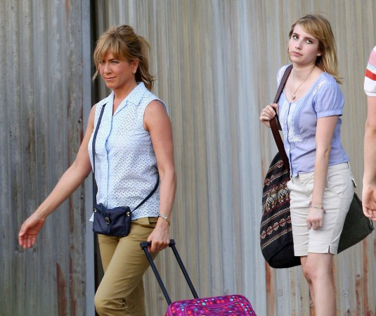 JENNIFER ANISTON and EMMA ROBERTS