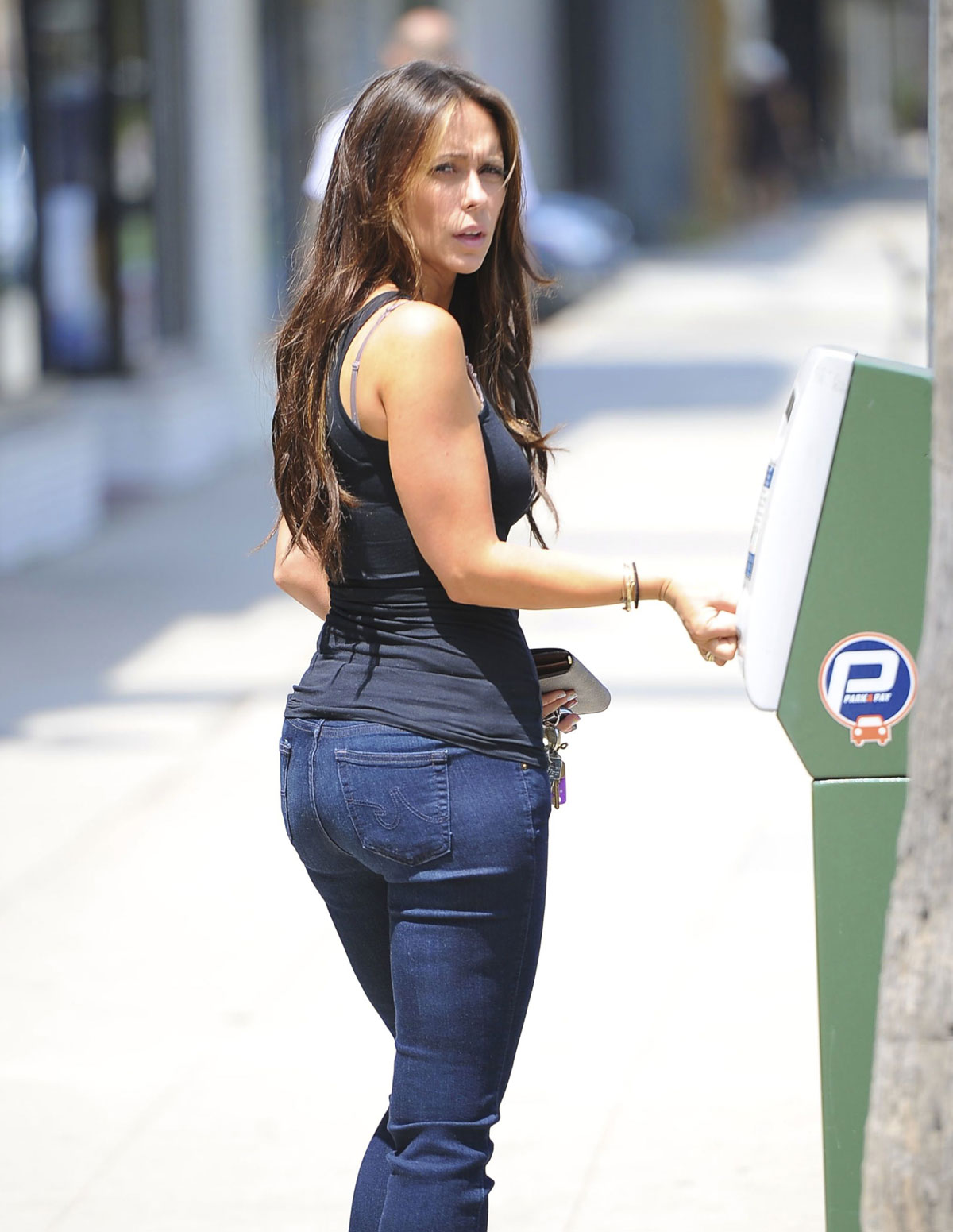 jennifer love hewitt ass galleries jpg 1080x810