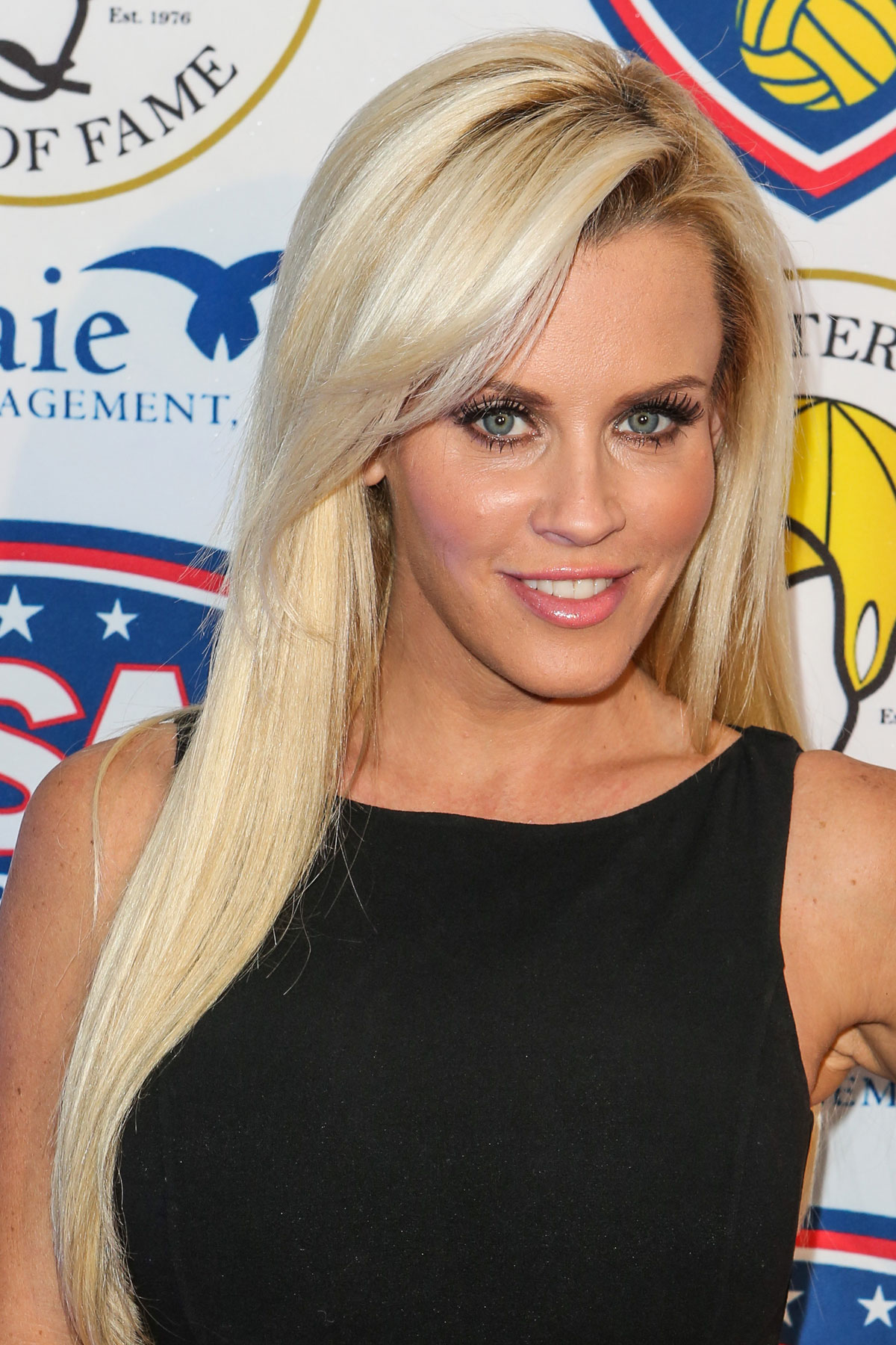 Jenny mccarthy at the u s olympic waterpolo teams official send off