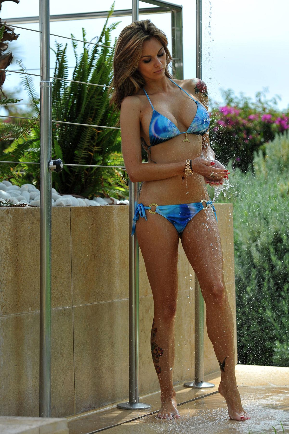 Jessica jane clement bikini 4