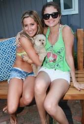 SELENA GOMEZ and Ashley Tisdale