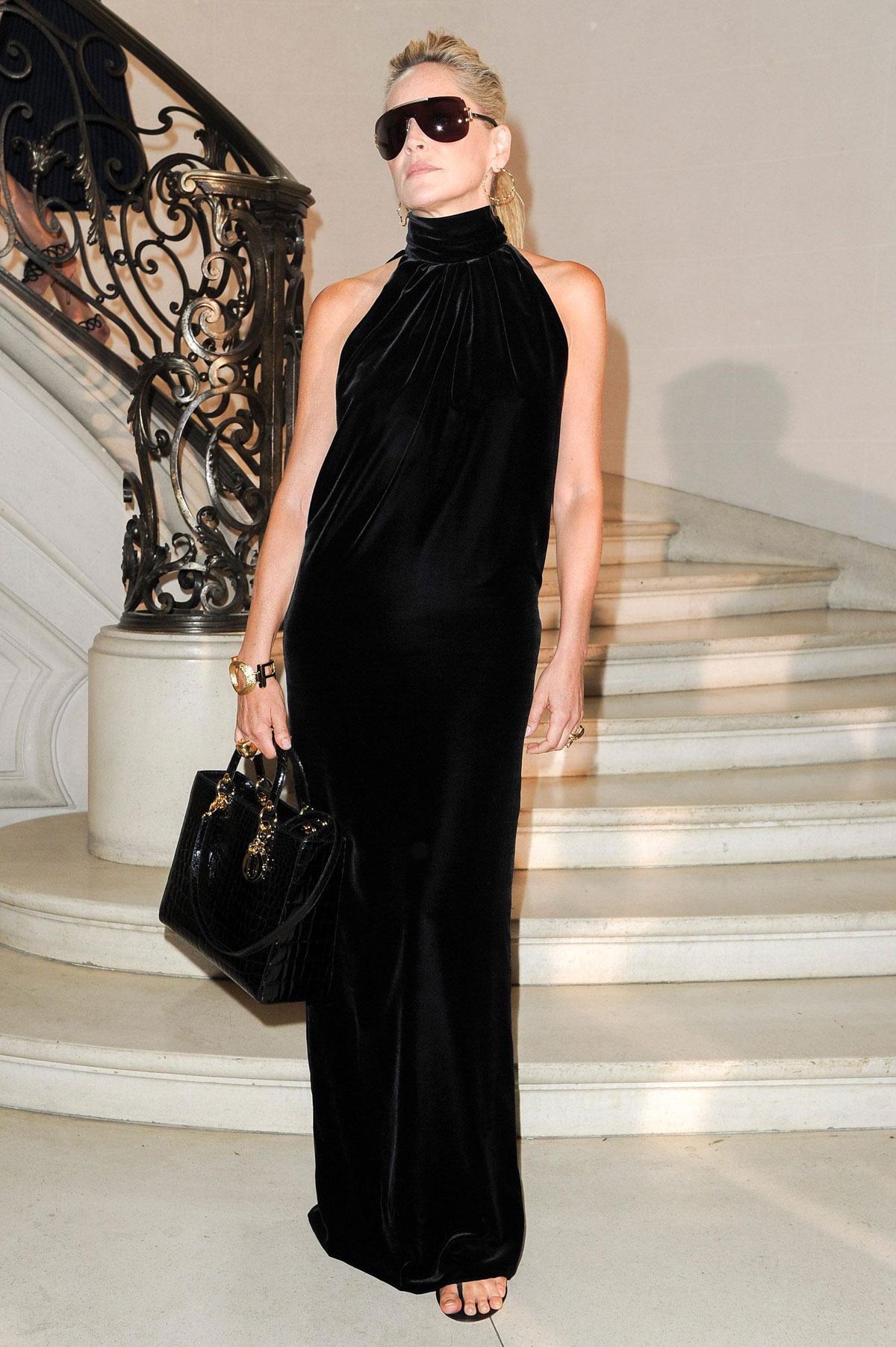Sharon stone at christian dior haute couture show at paris for Haute couture show