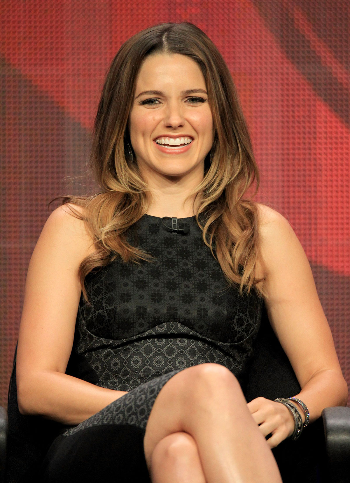 Who is sophia bush dating july 2012. pelicula de scary movie 1 completa online dating.