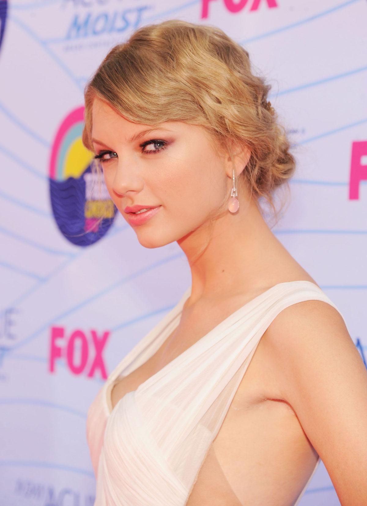 Taylor Teen 112