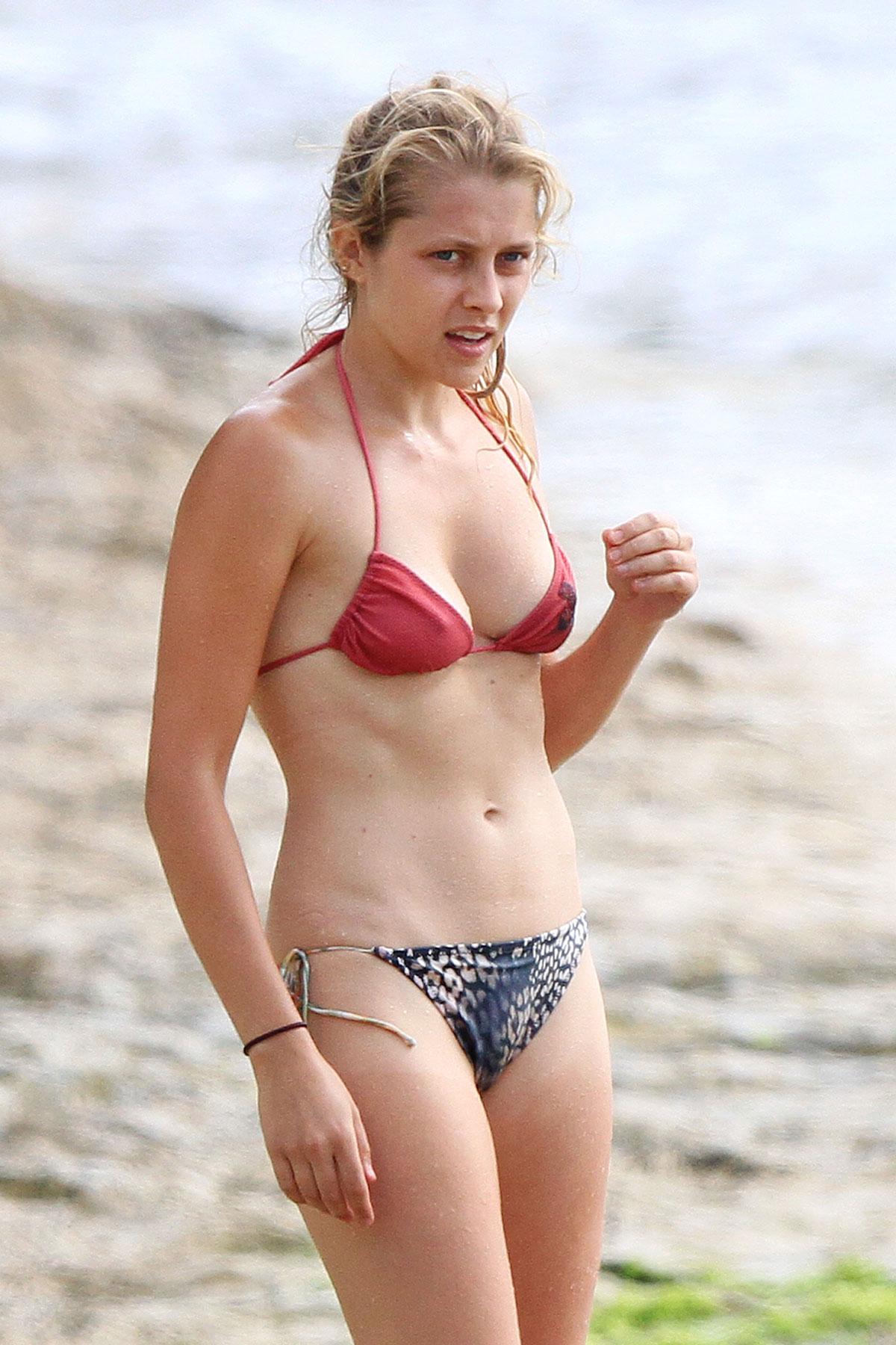 Teresa Palmer Bikini Pics