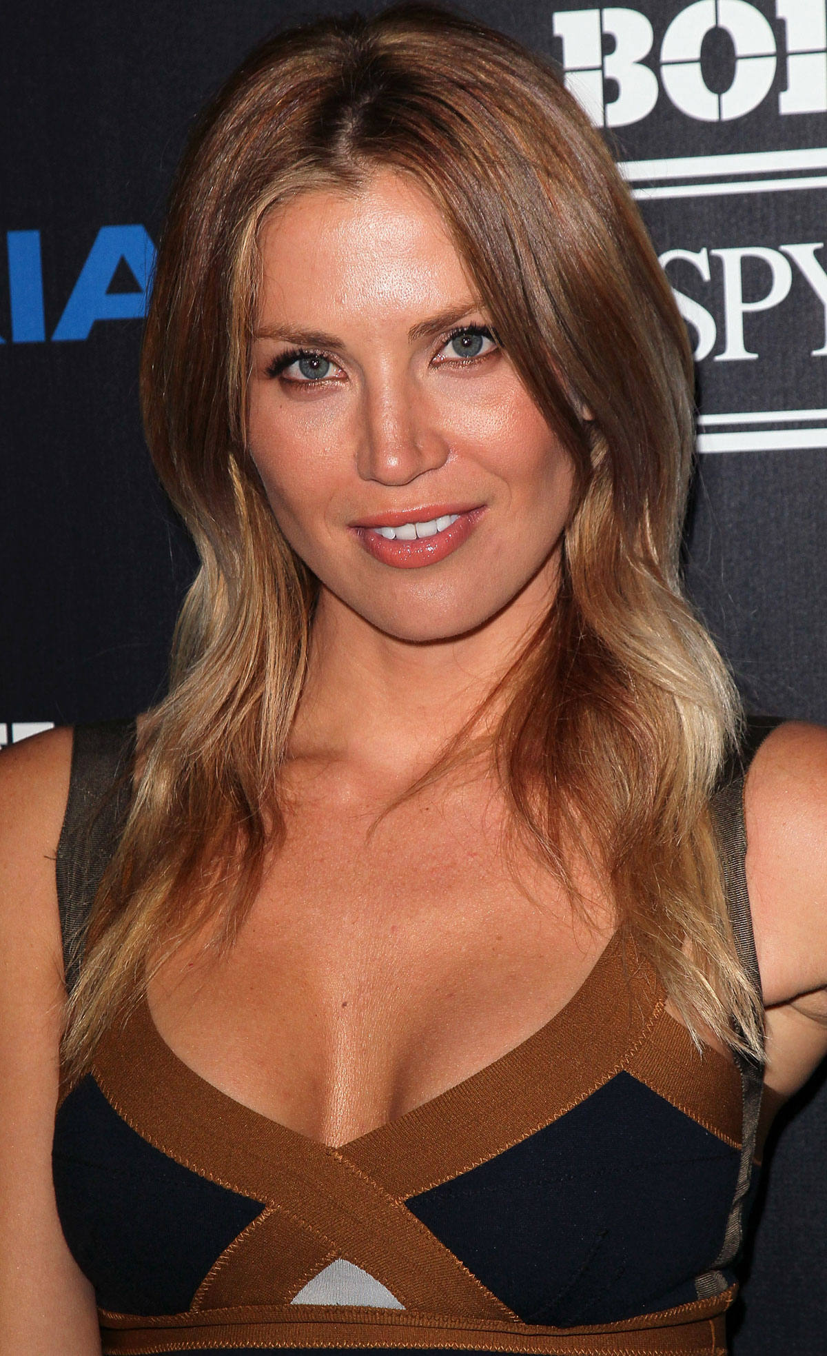 willa ford hot